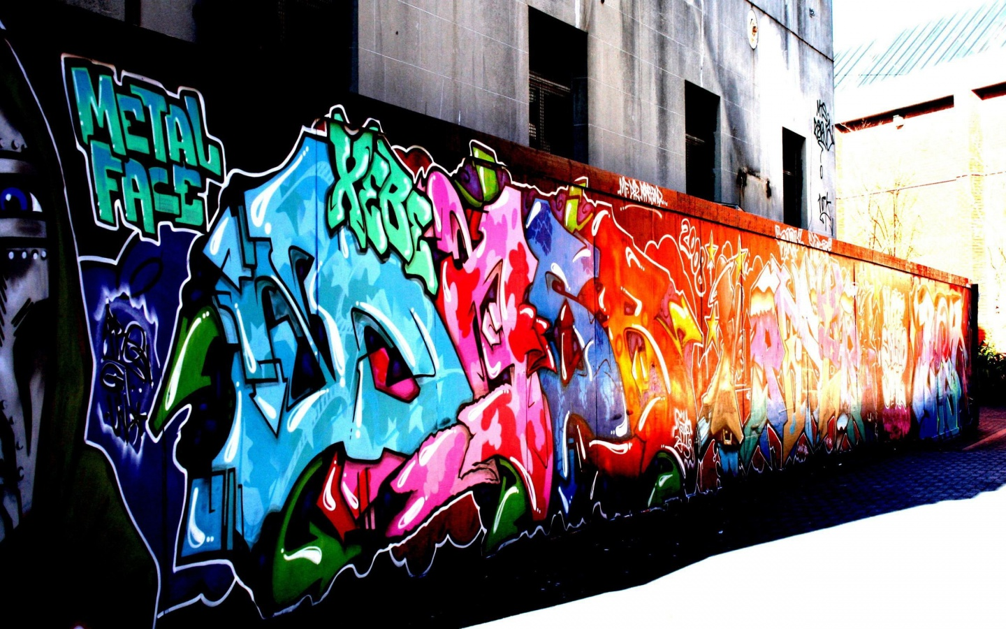 Wall-Graffiti-colors-31067200-1440-900